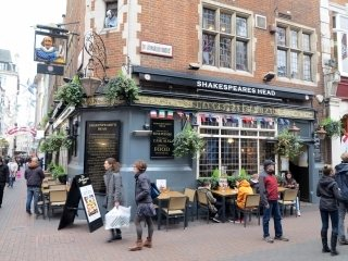 Pub in Carnaby Street