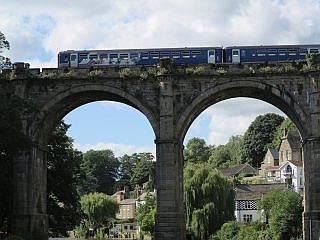 trein naar Knaresborough