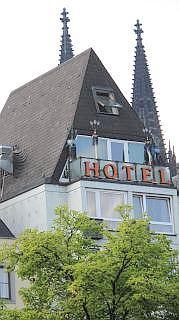 Hotel aan de rijn promenade Keulen
