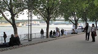 De promenade langs de Rijn