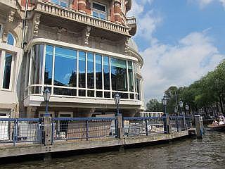 de mooiste en luxe viersterren en vijfsterren hotels van amsterdam met o a nh doelen hotel. Black Bedroom Furniture Sets. Home Design Ideas