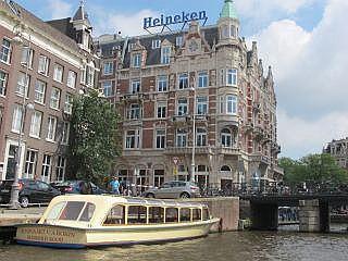 culinaire en luxe hotels in amsterdam o a port van cleve het amstelhotel het garden hotel. Black Bedroom Furniture Sets. Home Design Ideas