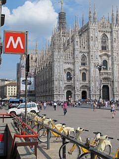 De kathedraal op de Piazza del Duomo
