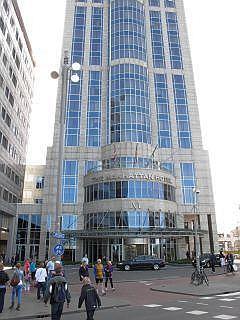 Rotterdam, heerlijk shoppen, uitgaan en overnachten in ...