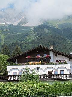 Overnachten in innsbruck de hotels en motels for Designhotel innsbruck