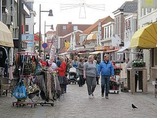 winkelen in  Egmond aan Zee